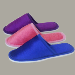 Тапочки детские с закрытым носком 003